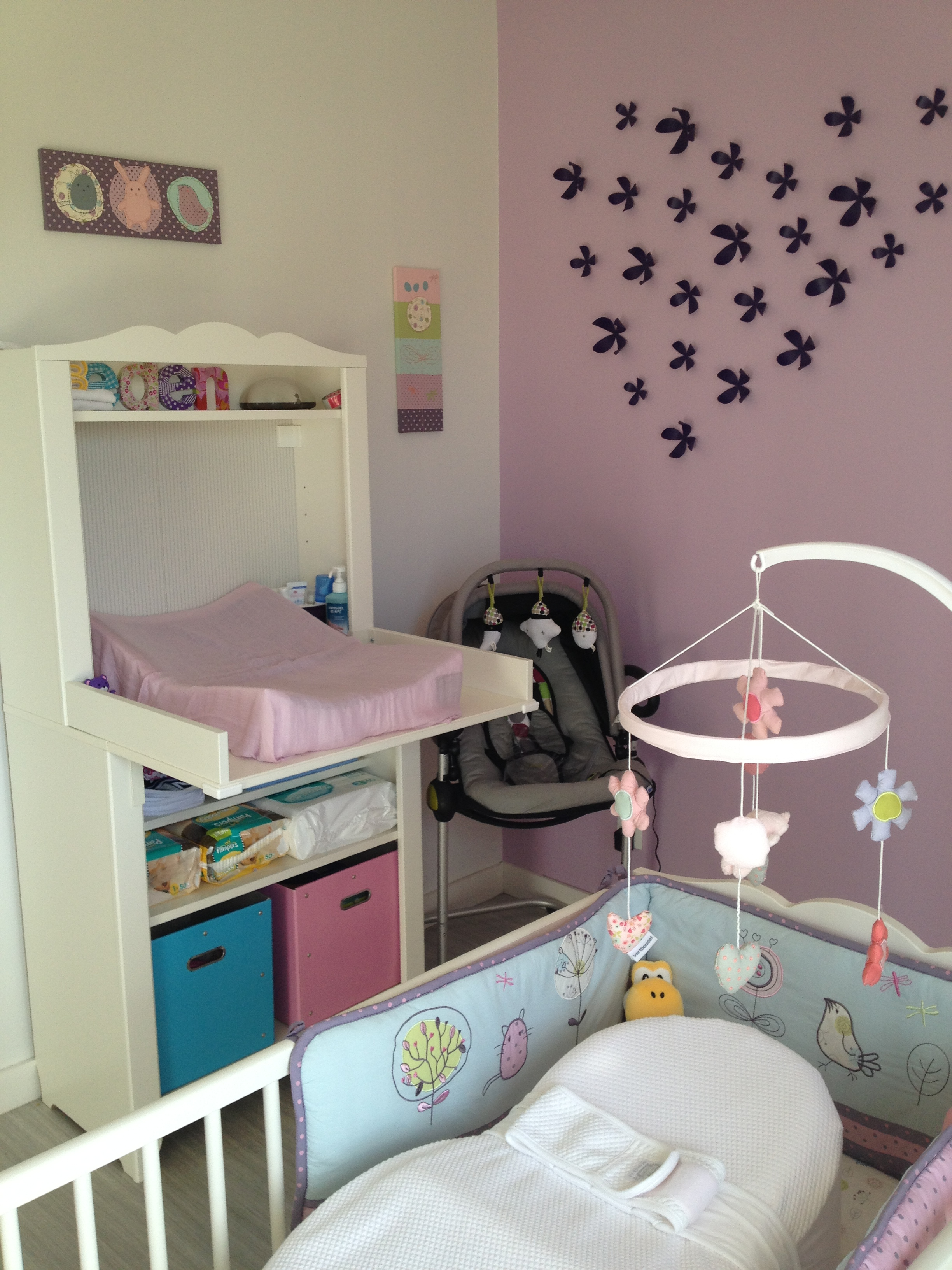Baby 39 s room le final maman floutch blog pour mamans parents de jumeaux for Idee deco slaapkamer baby meisje